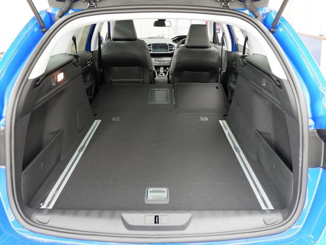 SW ロードトリップ ブルーHDi 8AT パノラミックガラスルーフ 特別仕様車(専用シート・バッジ・タグ・パークアシスト)(41枚目)