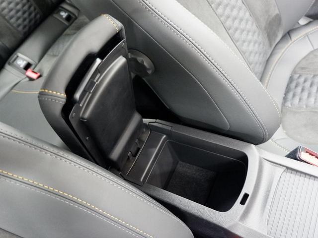 ロードトリップ 8AT 特別仕様車(専用シート・バッジ・タグ・パークアシスト)(39枚目)