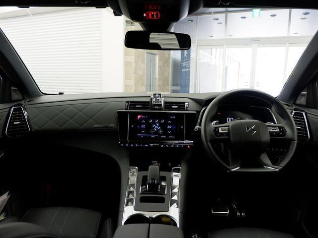 「シトロエン」「シトロエン DS7クロスバック」「SUV・クロカン」「三重県」の中古車3