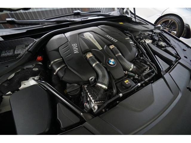 4.4LV型8気筒DOHCツインターボエンジン 450ps 650Nm