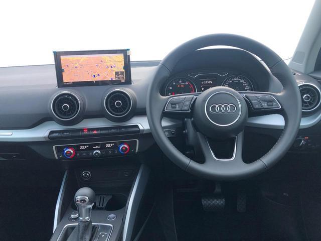 30TFSIスポーツ アシスタンスパッケージ オートマチックテールゲート ナビゲーションパッケージ アウディプレセンスベーシック Audi connect8スピーカー(8枚目)