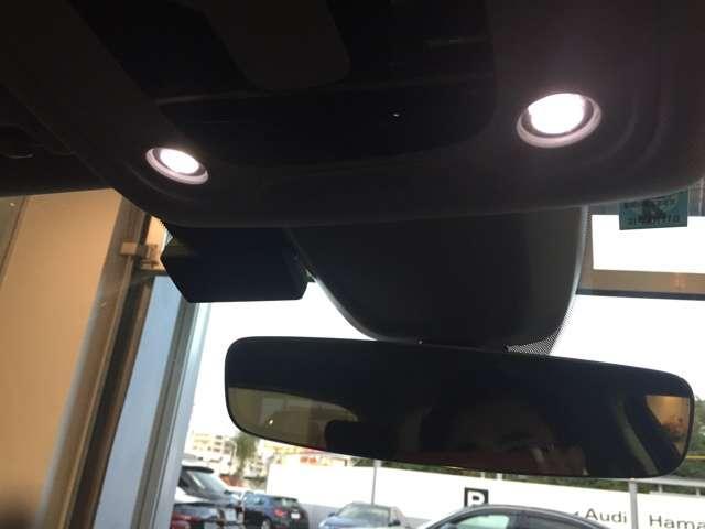 アウディ アウディ A4アバント 2.0TFSI LED・17AW・ACC・ナビ正規認定中古車