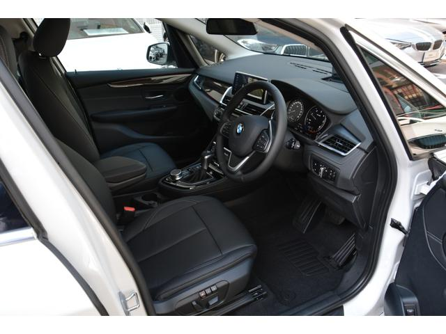 218d xDrive Luxury 弊社デモカー 黒革(13枚目)