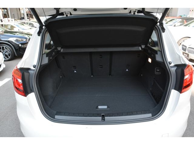 218d xDrive Luxury 弊社デモカー 黒革(18枚目)