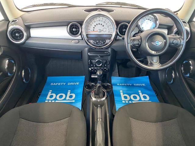 クーパー R56後期モデル プッシュスタート 後期ビックバンパー ステアリングスイッチ パドルシフト HID 本革ステアリング 社外MINI15インチアルミホイール ETC 無事故車 禁煙車 正規ディーラー車(2枚目)