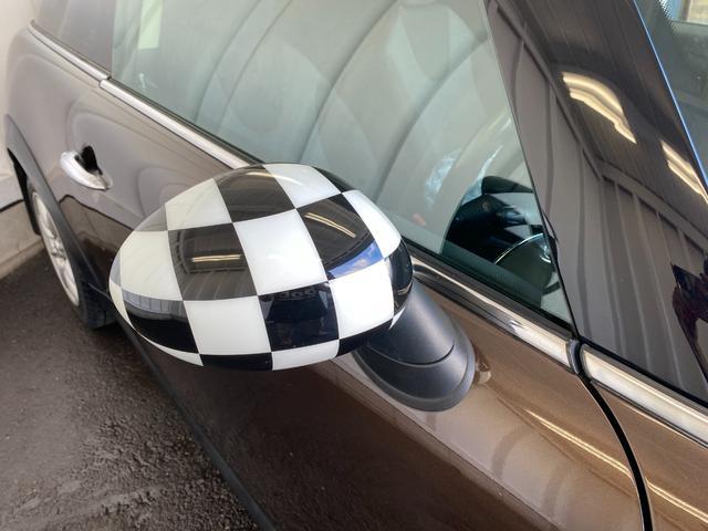クーパー R56後期モデル プッシュスタート 後期ビックバンパー ステアリングスイッチ パドルシフト HID 本革ステアリング 社外MINI15インチアルミホイール ETC 無事故車 禁煙車 正規ディーラー車(30枚目)