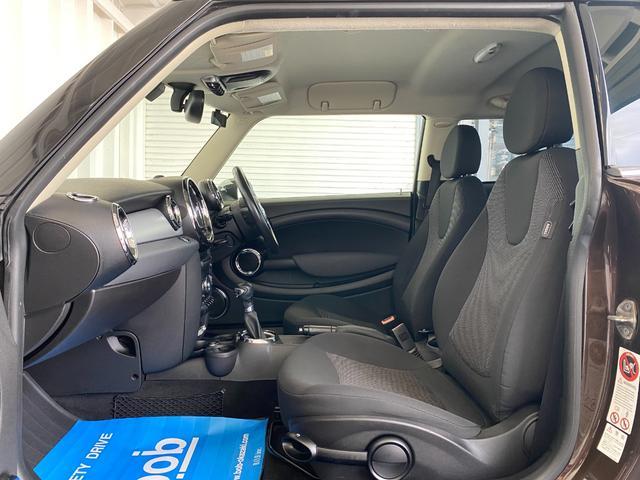 クーパー R56後期モデル プッシュスタート 後期ビックバンパー ステアリングスイッチ パドルシフト HID 本革ステアリング 社外MINI15インチアルミホイール ETC 無事故車 禁煙車 正規ディーラー車(36枚目)