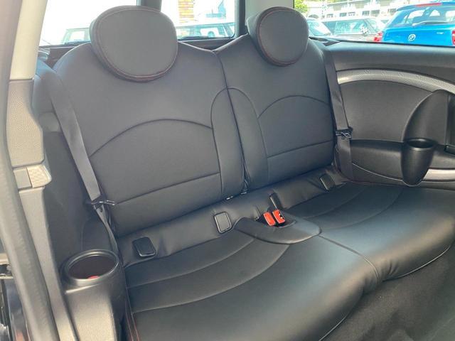クーパーS クラブマン R55クーパーSプッシュスタート レザーシートカバー HDDナビ&TV ドライブレコーダー OZ17インチアルミホイール ユニオンジャックボンネットストライプ&ミラー 禁煙車 正規ディーラー車(14枚目)