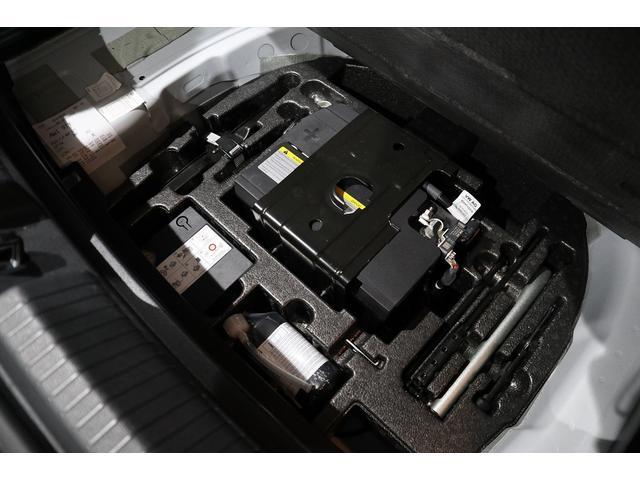 ベースグレード NAVI ETC カメラ ACC ブラインドスポッティング LEDヘッドライト 17インチアルミ 2000CCターボ 禁煙車(32枚目)