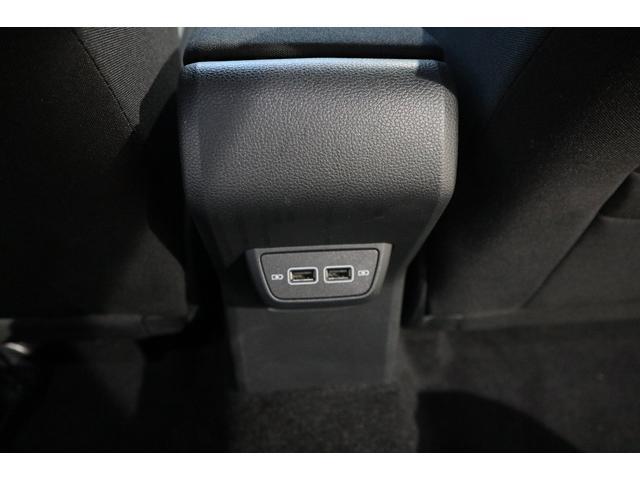 ベースグレード NAVI ETC カメラ ACC ブラインドスポッティング LEDヘッドライト 17インチアルミ 2000CCターボ 禁煙車(35枚目)