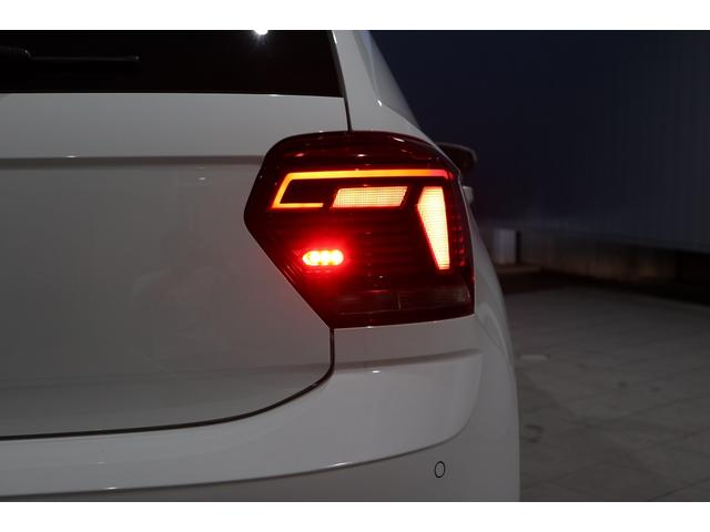ベースグレード NAVI ETC カメラ ACC ブラインドスポッティング LEDヘッドライト 17インチアルミ 2000CCターボ 禁煙車(39枚目)