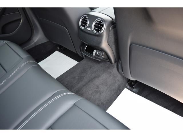 E200ワゴンアバンギャルド 本革・AMGライン・新ハンドル(17枚目)