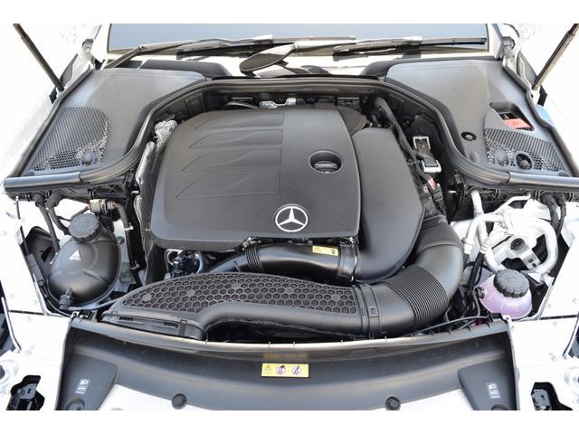 改良された、最大出力184馬力、最大トルク28.6kgf・mのパワーを持った、DOHC直列4気筒ターボチャージャー付2Lエンジンになります。
