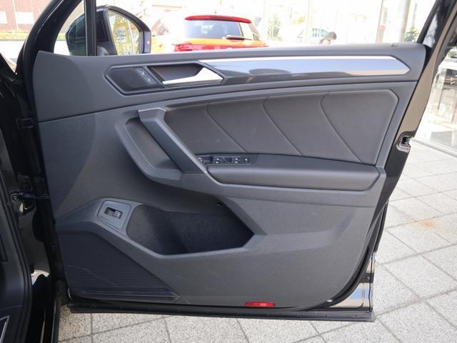 TDI 4モーション ハイライン 認定中古車保証 禁煙車 純正ナビ ディーゼル フルタイム4駆ヘッドアップディスプレイ レザーシート 液晶メーター ETCアラウンドビュー付き(26枚目)