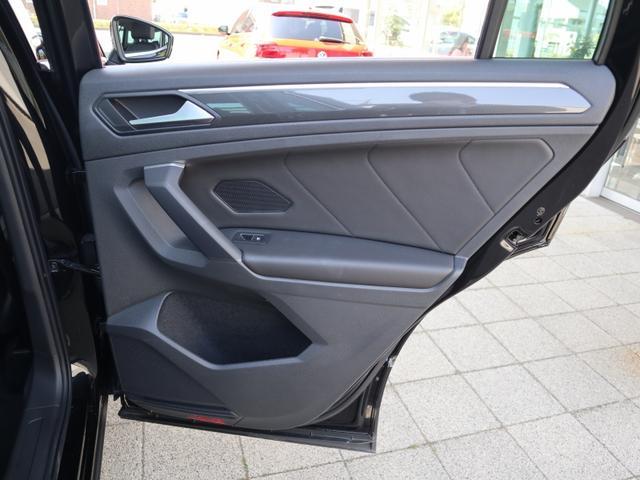 TDI 4モーション ハイライン 認定中古車保証 禁煙車 純正ナビ ディーゼル フルタイム4駆ヘッドアップディスプレイ レザーシート 液晶メーター ETCアラウンドビュー付き(28枚目)