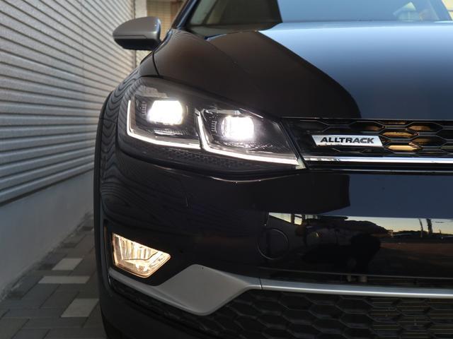 TSI 4モーション LEDヘッドライトライト 純正ナビゲーション ETC バックカメラ デジタルメーター パドルシフト付 認定中古車(11枚目)