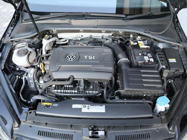 TSI 4モーション LEDヘッドライトライト 純正ナビゲーション ETC バックカメラ デジタルメーター パドルシフト付 認定中古車(43枚目)