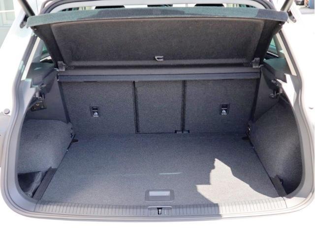 TDI 4モーション ハイライン Leather seat シートヒーター 電動シート デジタル液晶メーター ヘッドアップディスプレイ 360度カメラ(24枚目)