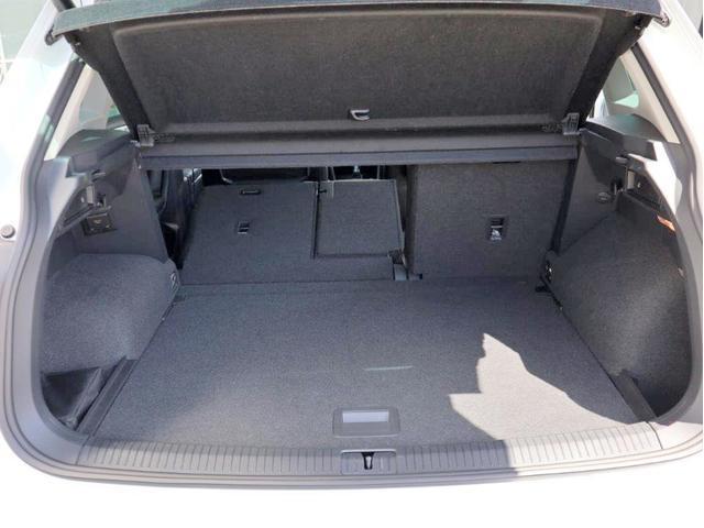 TDI 4モーション ハイライン Leather seat シートヒーター 電動シート デジタル液晶メーター ヘッドアップディスプレイ 360度カメラ(26枚目)
