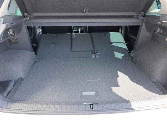 TDI 4モーション ハイライン Leather seat シートヒーター 電動シート デジタル液晶メーター ヘッドアップディスプレイ 360度カメラ(27枚目)
