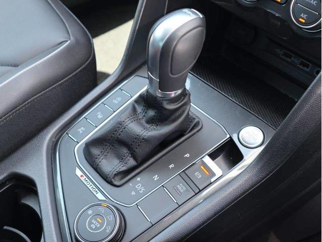 TDI 4モーション ハイライン Leather seat シートヒーター 電動シート デジタル液晶メーター ヘッドアップディスプレイ 360度カメラ(42枚目)