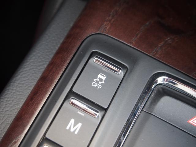 ベースグレード 左ハンドル 後期型ナビ 禁煙車 赤色レザーシート 電動サンルーフ 純正プロテオ19インチアルミホイール ツーリングPKG 地デジTV パドルシフト バックカメラ ETC 赤色キャリパー 正規ディーラ車(41枚目)