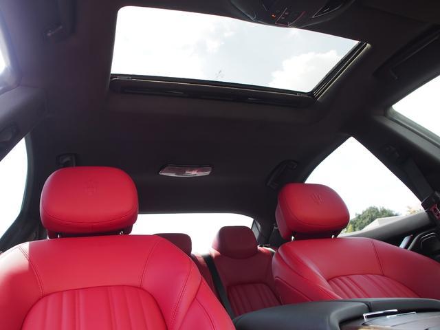 ベースグレード 左ハンドル 後期型ナビ 禁煙車 赤色レザーシート 電動サンルーフ 純正プロテオ19インチアルミホイール ツーリングPKG 地デジTV パドルシフト バックカメラ ETC 赤色キャリパー 正規ディーラ車(57枚目)