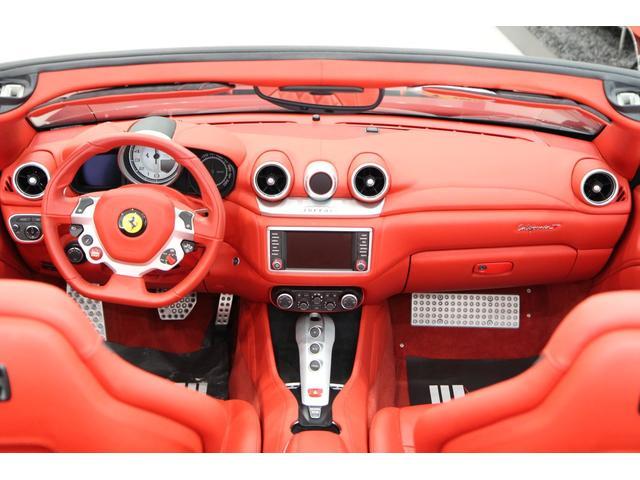 「フェラーリ」「フェラーリ カリフォルニアT」「オープンカー」「愛知県」の中古車6