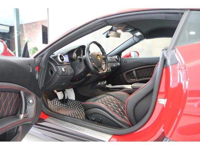 「フェラーリ」「カリフォルニア」「オープンカー」「愛知県」の中古車8