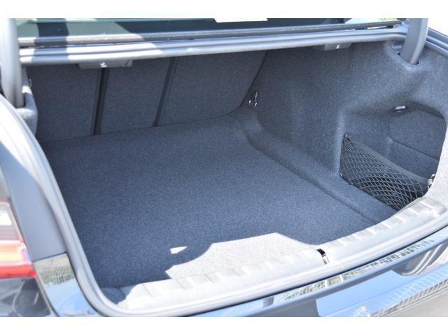 320d xDrive 認定中古車全国2年保証付 ガラススライディングルーフ プラスパッケージ コンフォートパッケージ レンタカーアップ車両(18枚目)