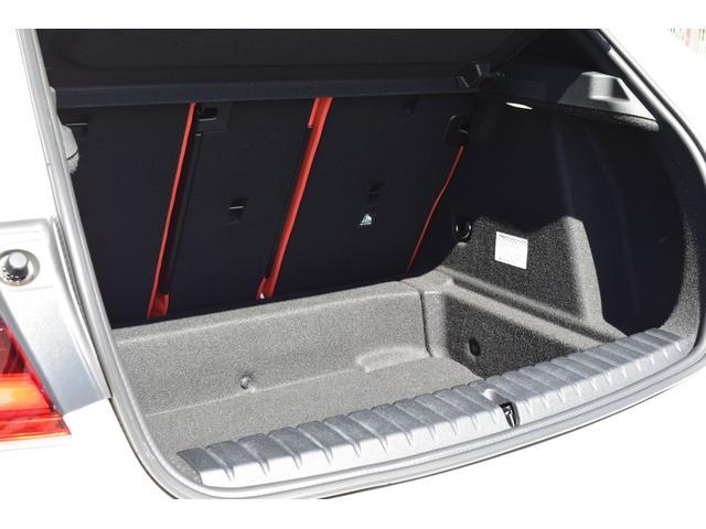 M135i xDrive 認定中古車全国2年保証付 デビューパッケージ ビジョンパッケージ パノラマガラスサンルーフ デモカーアップ(18枚目)