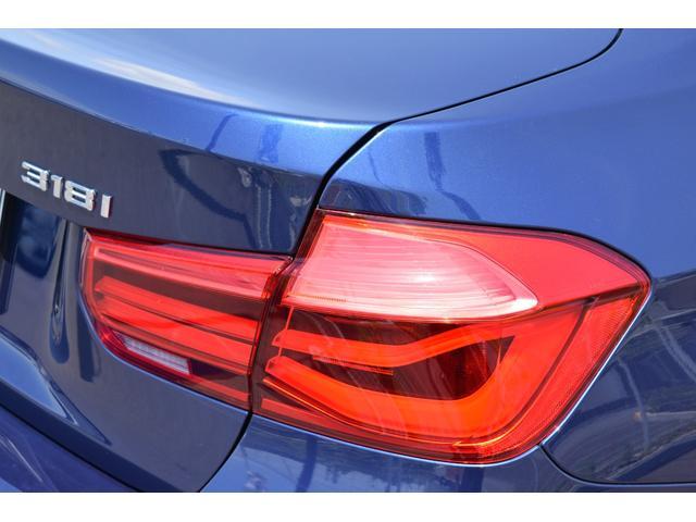 318i 認定中古車全国1年保証付 ワンオーナー車(9枚目)