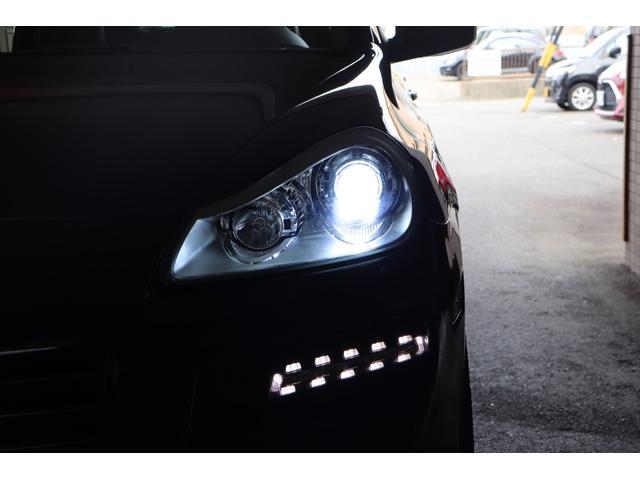 ベースグレード MANSORYフェイス ティプトロニックS 4WD サンルーフ バックカメラ キーレスエントリー オートライト 衝突安全ボディ(11枚目)
