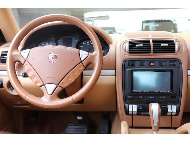 ベースグレード MANSORYフェイス ティプトロニックS 4WD サンルーフ バックカメラ キーレスエントリー オートライト 衝突安全ボディ(23枚目)