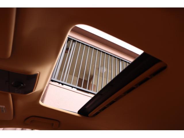 ベースグレード MANSORYフェイス ティプトロニックS 4WD サンルーフ バックカメラ キーレスエントリー オートライト 衝突安全ボディ(27枚目)