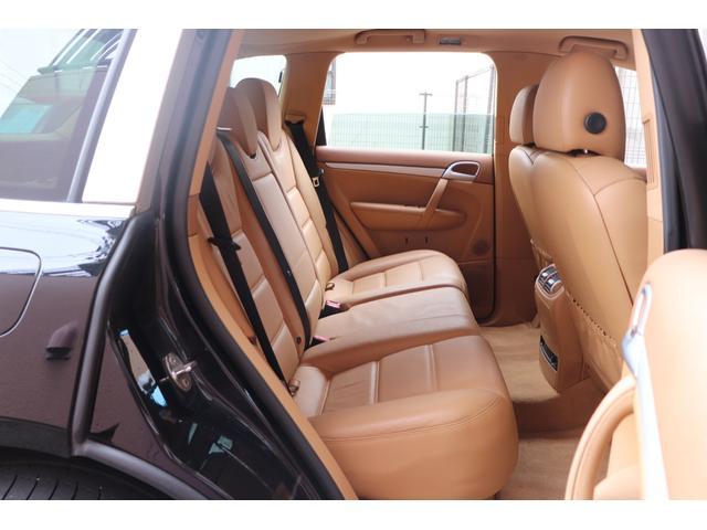 ベースグレード MANSORYフェイス ティプトロニックS 4WD サンルーフ バックカメラ キーレスエントリー オートライト 衝突安全ボディ(34枚目)