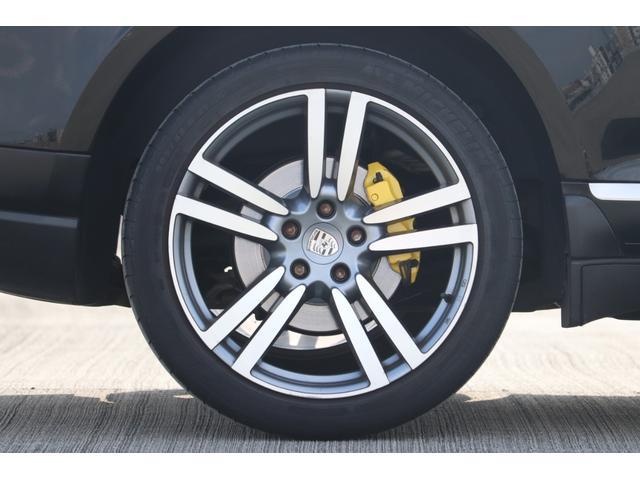 ベースグレード MANSORYフェイス ティプトロニックS 4WD サンルーフ バックカメラ キーレスエントリー オートライト 衝突安全ボディ(48枚目)