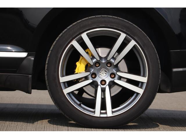 ベースグレード MANSORYフェイス ティプトロニックS 4WD サンルーフ バックカメラ キーレスエントリー オートライト 衝突安全ボディ(52枚目)