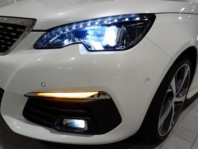 SWGT BlueHDi 8AT LEDライト 新車保証継承(4枚目)