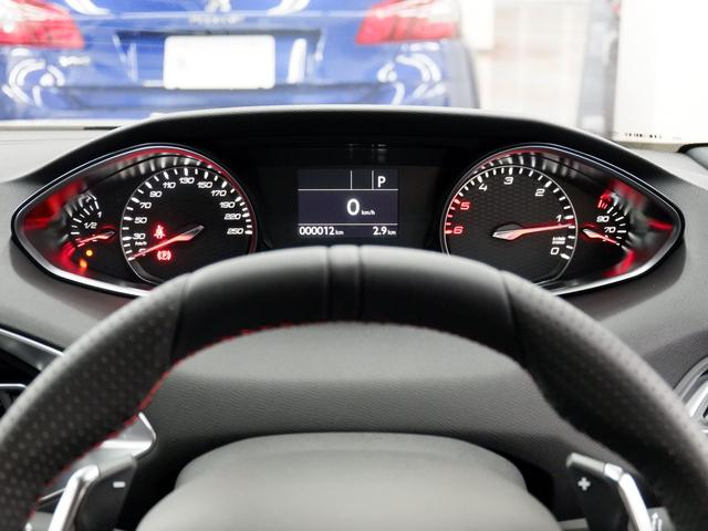 SWGT BlueHDi 8AT LEDライト 新車保証継承(16枚目)