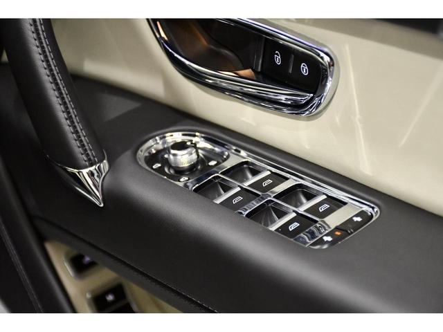 V8 22インチ5本スポークAW カラースペック(16枚目)