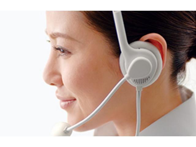 レクサス オーナーズデスク レクサスに関するご質問やご相談から緊急時のサポート・手配まで、レクサスケア コミュニケーターが24時間365日、いつでも、どこでも、丁寧に応対します。