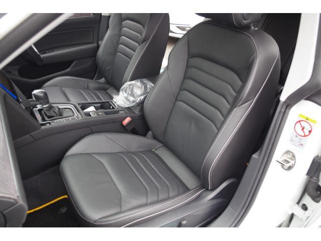 「フォルクスワーゲン」「VW アルテオン」「セダン」「三重県」の中古車10