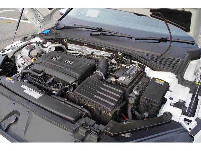 「フォルクスワーゲン」「VW アルテオン」「セダン」「三重県」の中古車19
