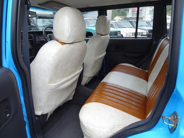 シートカバーは2種類御座います。お好きな方をお選びいただけます。