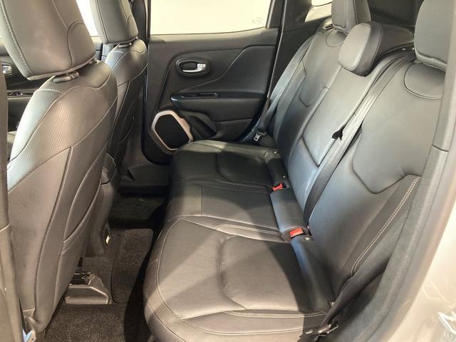リミテッド 認定中古車保証付き 整備付き メイクマイジープ限定カラー レザーシート シートヒーター バックカメラ ブラックルーフ(21枚目)