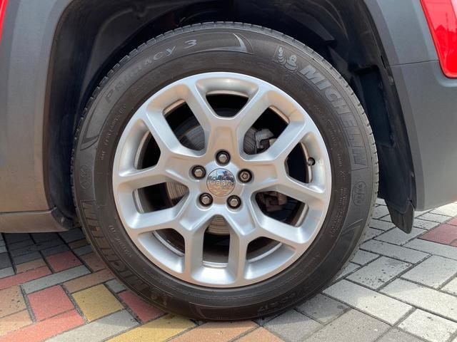 リミテッド 認定中古車保証 整備付き 純正オーディオ ETC キセノンヘッドライト 純正アルミホイール レザーシート シートヒーター クルーズコントロール(6枚目)