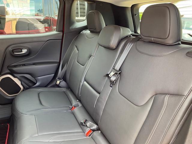 リミテッド 認定中古車保証 整備付き 純正オーディオ ETC キセノンヘッドライト 純正アルミホイール レザーシート シートヒーター クルーズコントロール(10枚目)