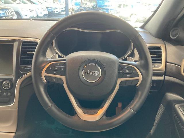 ラレード 認定中古車保証付帯 整備有 純正8.4インチナビ バックカメラ ETC 社外シートカバー クルーズコントロール 純正アルミホイール キセノンヘッドライト(12枚目)