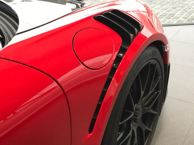 911GT2 RS クラブスポーツ ヴァイザッハパッケージ(5枚目)